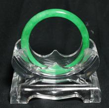 Translucent Chinese Emerald Green Jadeite Bangle, Round edge