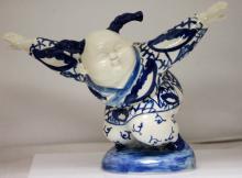 Chinese Porcelain blue & white figurine #74126v1