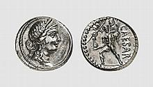 REPUBLIC, SILVER DENARIUS OF JULIUS CAESAR