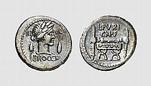 REPUBLIC, SILVER DENARIUS OF L. FURIUS BROCCHUS