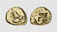 MYSIA, AN ELECTRUM STATER OF KYZIKOS, ca. 480-450 BC, 15.917g. Fritze 85. Very rare. Attractively toned. Perfectly centered and struck on a broad flan. Choice extremely fine. Former Henri Frelinx collection; The Bru Sale 2010 (2) lot 38