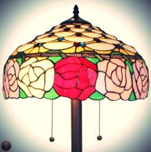Tiffany Style Roses 61-inch Floor Lamp 62 in