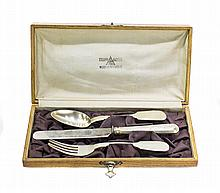 RUSSIAN SILVER ASSEMBLED 3-PC TRAVEL SET