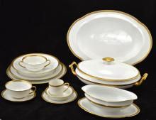 A 158 pc LIMOGES PORCELAIN PART DINNER SET, NO RESERVE