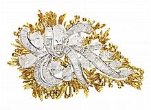 18 KT GOLD AND DIAMOND BROOCH/PENDANT
