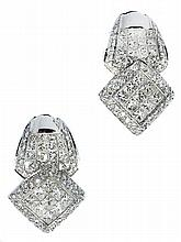 PAIR DIAMOND EARCLIPS