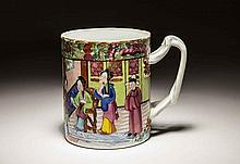 CHINESE EXPORT FAMILLE ROSE PORCELAIN MUG, 19TH CENTURY
