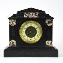 BLACK MARBLE SHELF CLOCK, CIRCA 1900