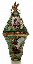 A Bilston enamel scent bottle / bonbonnaire. English c1780