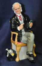 VINTAGE ROYAL DOULTON THE DOCTOR FIGURE HN 2858 XW
