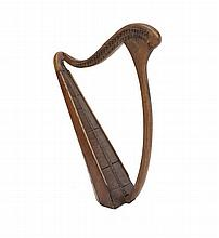 AN IRISH 19TH CENTURY PORTABLE HARP, stave-back