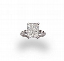 A diamond single-stone ring, the rectangular