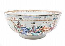 Large Chinese Export Mandarin Palette Bowl