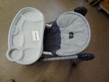 Evenflo Easy Fold high chair, adjustable heighth and chair back tilt, removable food tray, good condition, missing seat belt