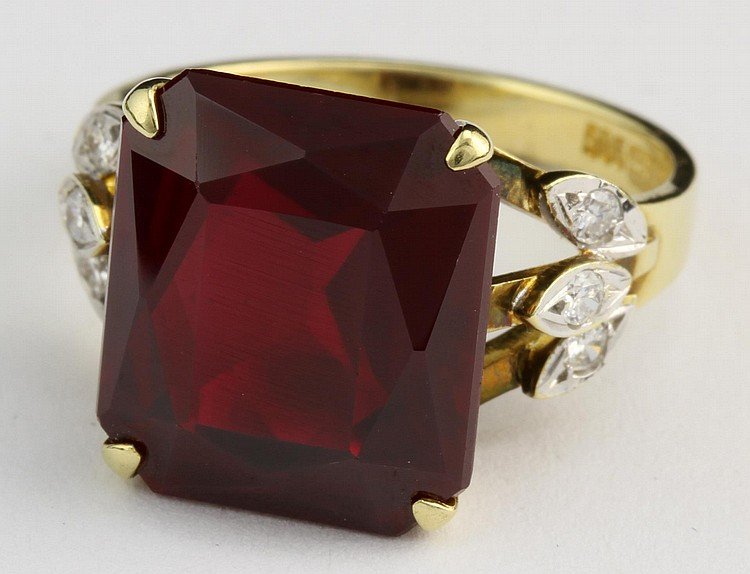 14k Gold, Diamond, and Ruby Ring