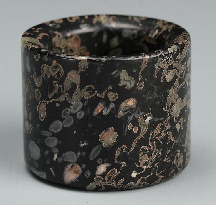 Chinese Puddingstone Thumb Ring