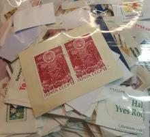 One Gallon Bag of Mixed World Stamps