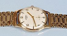 Rotary: a gentleman's 9ct. gold wristwatch, with arabic and