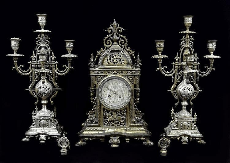Mantel clock with two candleholders