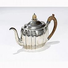 English Victorian sterling silver teapot; hallmarks for Edinburgh, 1882; carved pineapple lid pull,