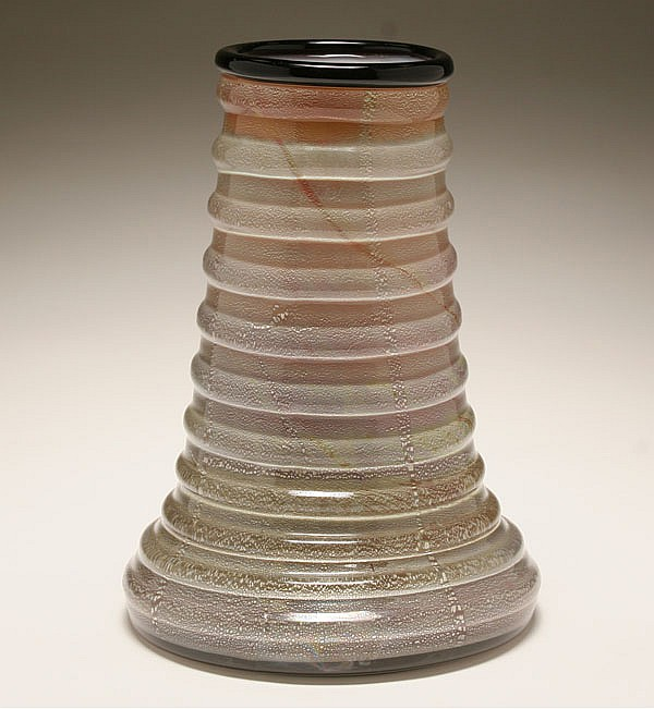 Seguso Vetri d'Arte art deco Murano glass vase, designed by Flavio Poli, 1938.