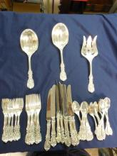 ANTIQUE FRANCIS IST REED & BARTON SILVER SERVICE FOR 8