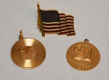 Lot of Miscellaneous 14k Gold (Flag Pin, Charms)