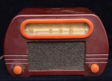 Two Tone Catalin Fada Radio Butterscotch