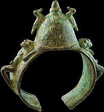 MALI BRONZE BRACELET OF DOGON PEOPLE. 1800 AD AFRICAN FINE ART