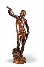 David Vainqueur de Goliath.    Bronze patiné brun soutenu, rehaussé de dorure.