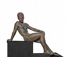 École moderneSculpture en bronze d'un homme nu assis.    XXe siècle.