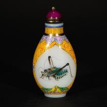 A ENAMEL GLASS SNUFF BOTTLE (QIANLONG MARK)