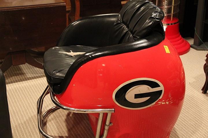 Georgia Helmet Chair