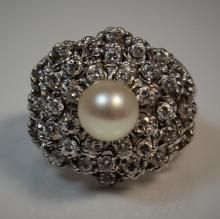 14KT WHITE GOLD DIAMOND & SEA PEARL COCKTAIL RING