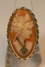 ESTATE 14KT GOLD CAMEO & DIAMOND LADIES RING