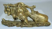 CHINESE HEAVY BRONZE FIGURE OF BUDDAH