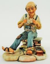 CAPODIMONTE FIGURINE OF OLD MAN REPAIRING SHOES