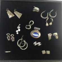 LOT OF BEAUTIFUL VINTAGE STERLING SILVER JEWELRY