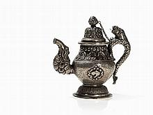 Bronze Teapot with a Handle in Shape of a Lion, 19th/20th C.