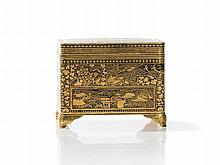Komai Gold Inlaid Miniature Box and Cover, Meiji