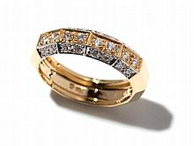 Unusual 18 carat yellow gold ring with 24 diamonds