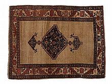 Antique Persian Bidjar Rug made of Sheep's Wool, 19th C