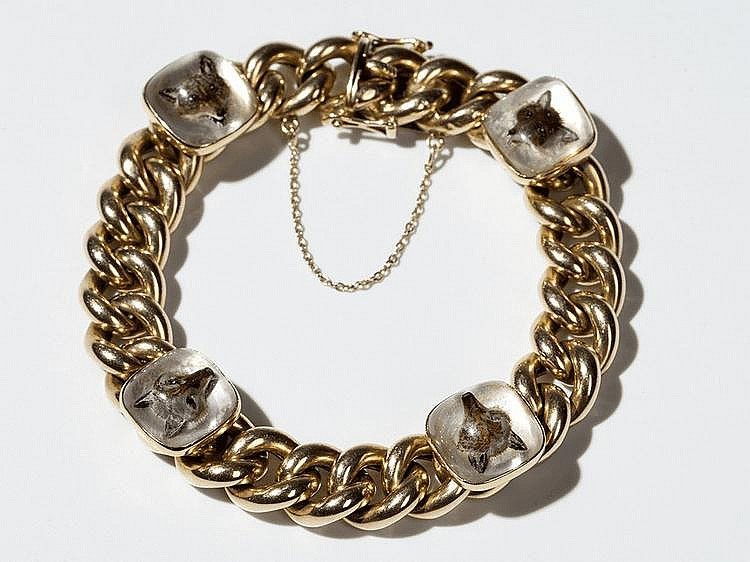 14 carat Gold curb chain Bracelet with Fox Head Cabochons, 1950