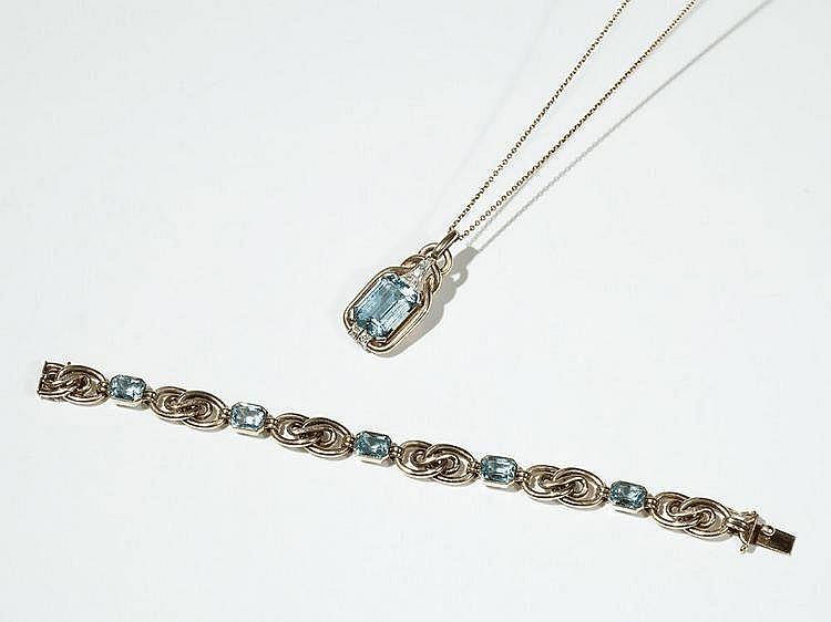 Two-piece 14 carat Gold Set with Aquamarines & Diamonds, 1936