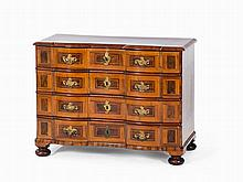 Baroque Chest of Drawers, Walnut, Thuringia, mid-18th C.