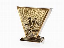 Hagenauer Style, Art Deco Table Lamp of Brass, around 1930