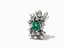 Emerald Ear Clip with 21 Diamonds, 18K White Gold, c. 1970