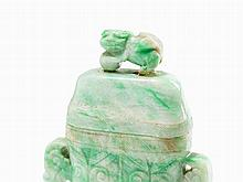 Jade Snuff Bottle with Fo Lions and Handles, China, c. 1900