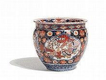 Imari Porcelain Cachepot with Sumptuous Decor, Japan, Meiji