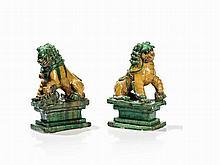 Ceramic, Pair of Fo Dogs with Sancai Glaze, China, 19/20th C.